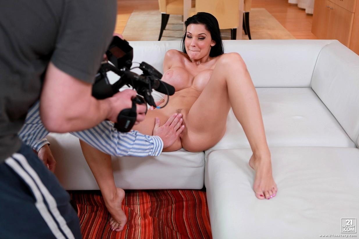 Behind the scenes porn