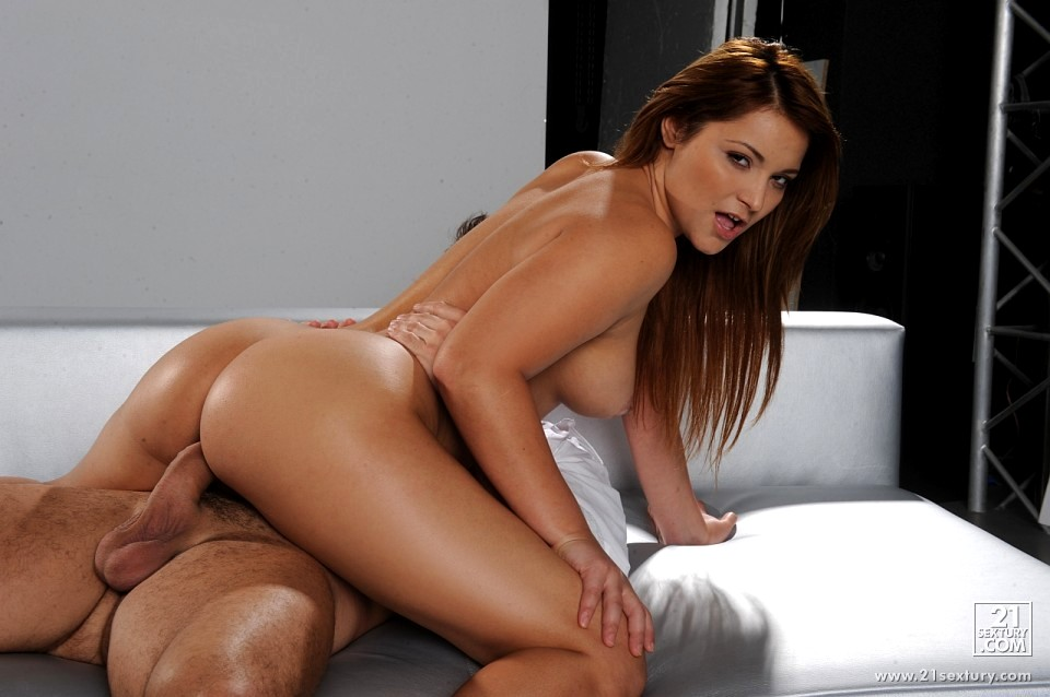 Lifeselector lana roy a masseur is born anal porn