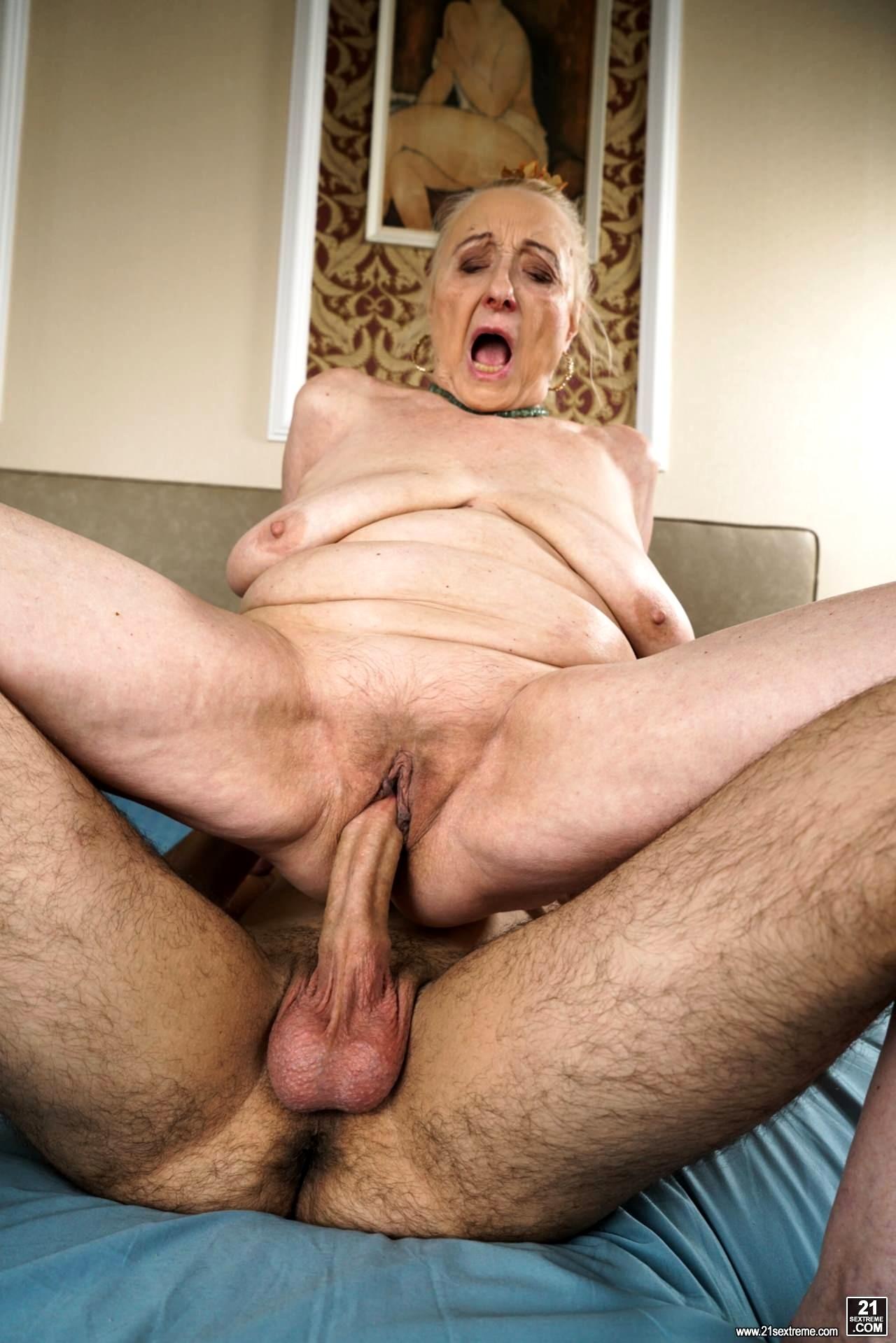 Granny xxx movies