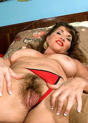 Josette Lynn