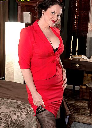 Vivian Piper