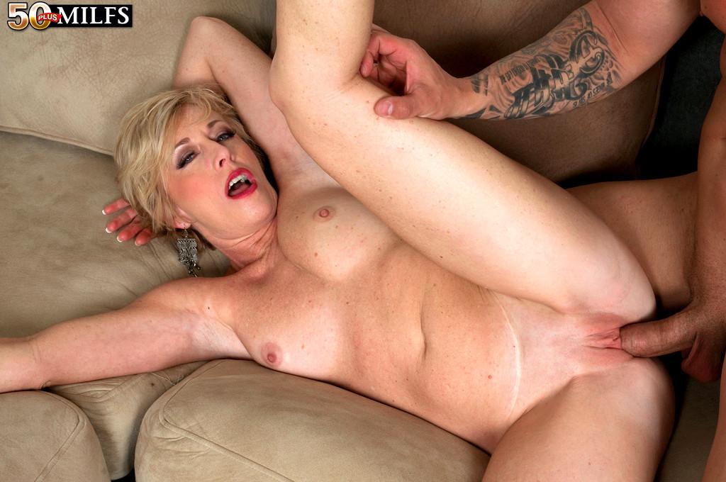 Mature granny porn, aged sex images, mature sex pics