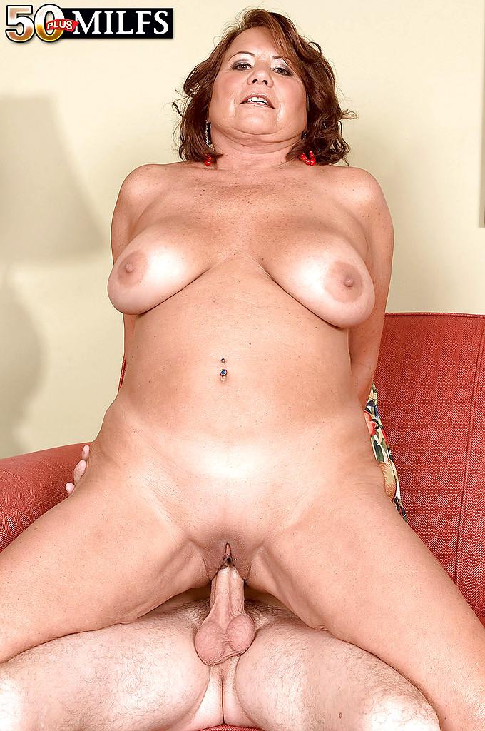 Amature deep throat wife