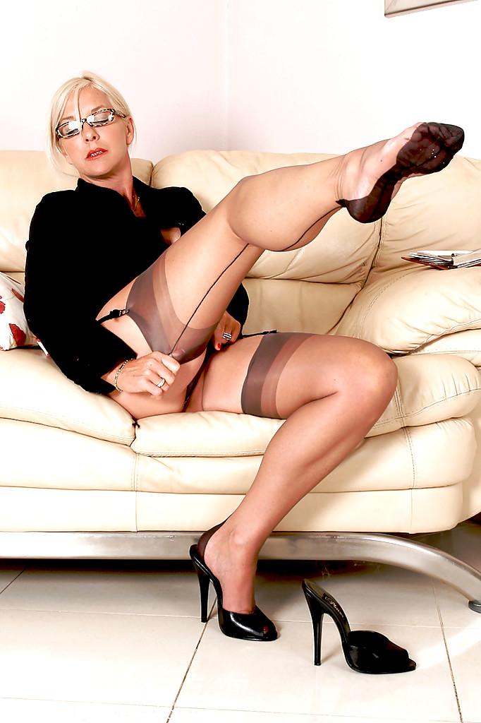 Pin On Mature Legs