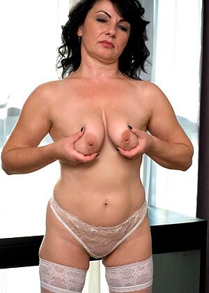 Helen He