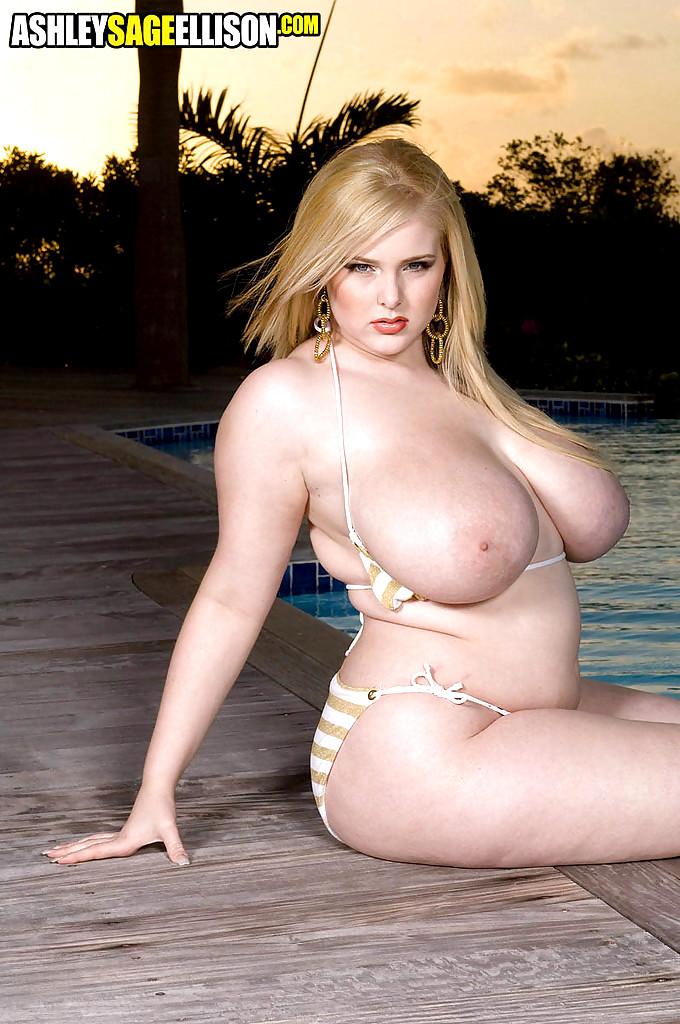 Ashleysageellison Ashley Sage Ellison Scarlett Bbw Blowjob -4296