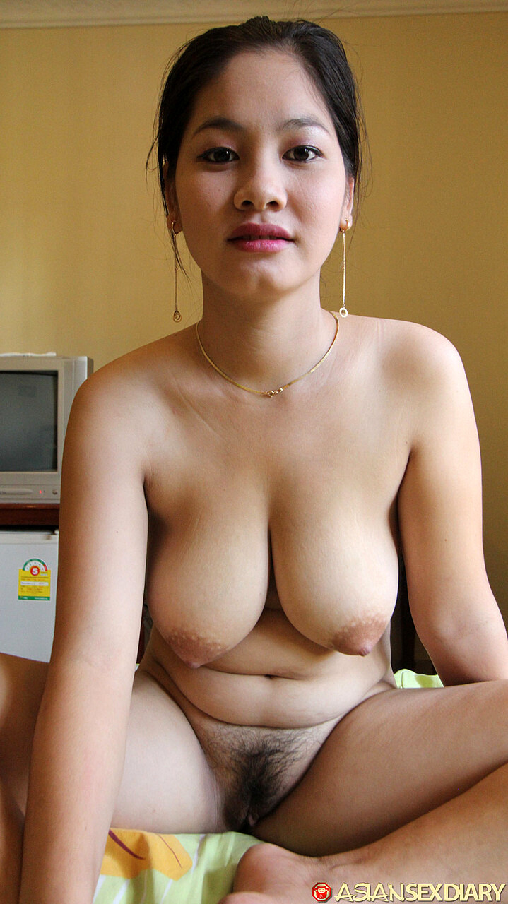 Big Tits Asian Deepthroat
