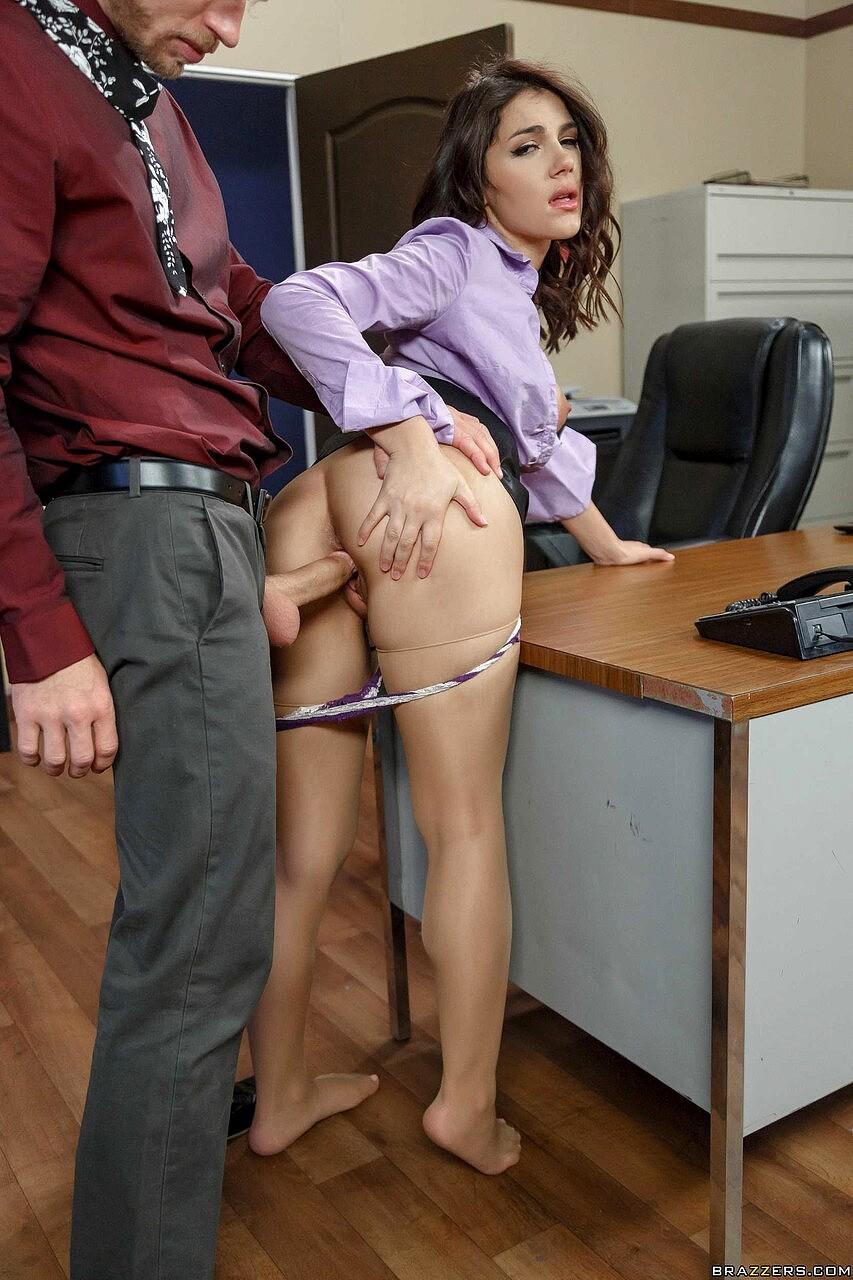 Teen Secretary Pics