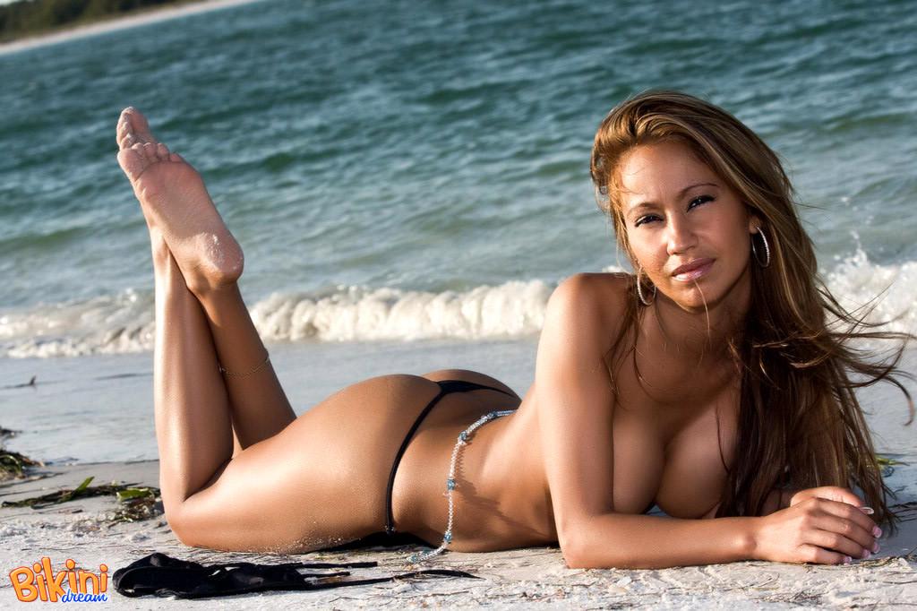 Bikini dream babes nude assured