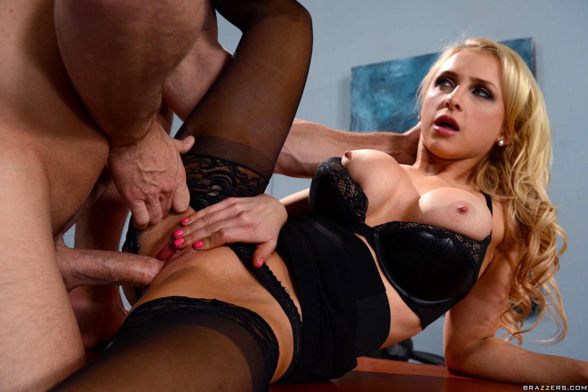 Hot secretary kortney kane plays with her boss