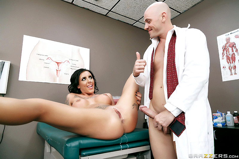 Doctor roleplay with oral sex leading to bareback action