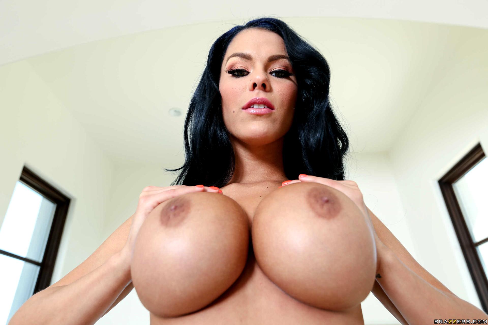 Uk hottie peta todd showing off her hot naked bod