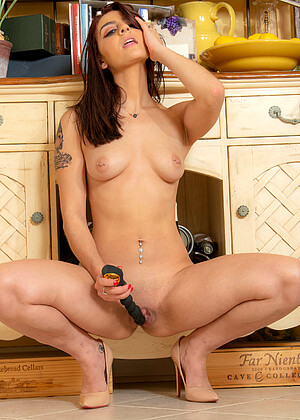 Shelby Mayne