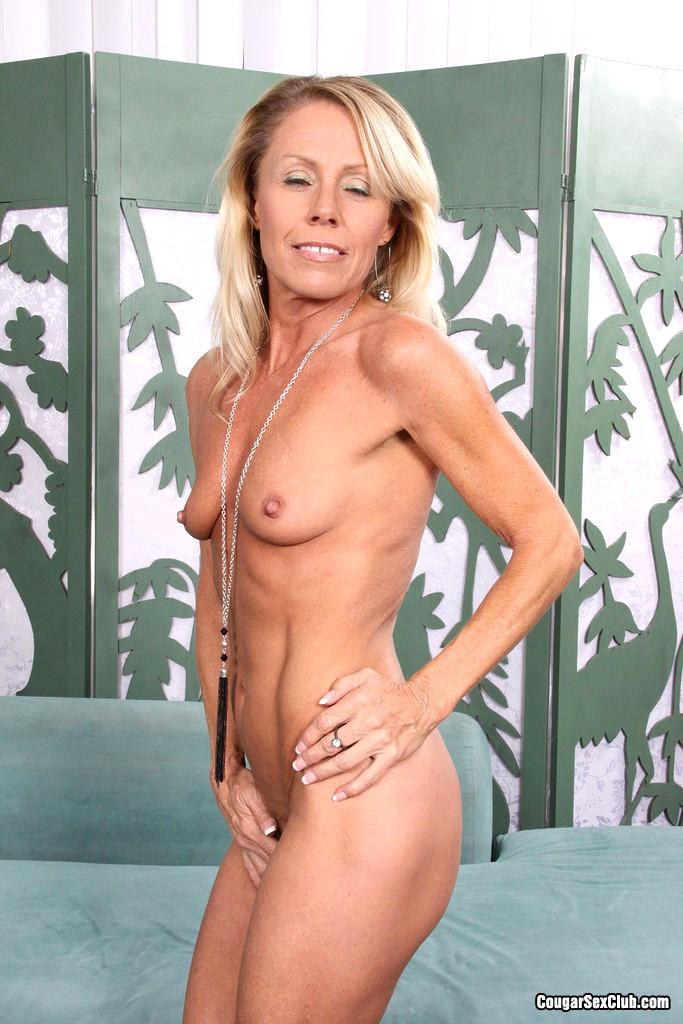 play-nikki-charm-nude