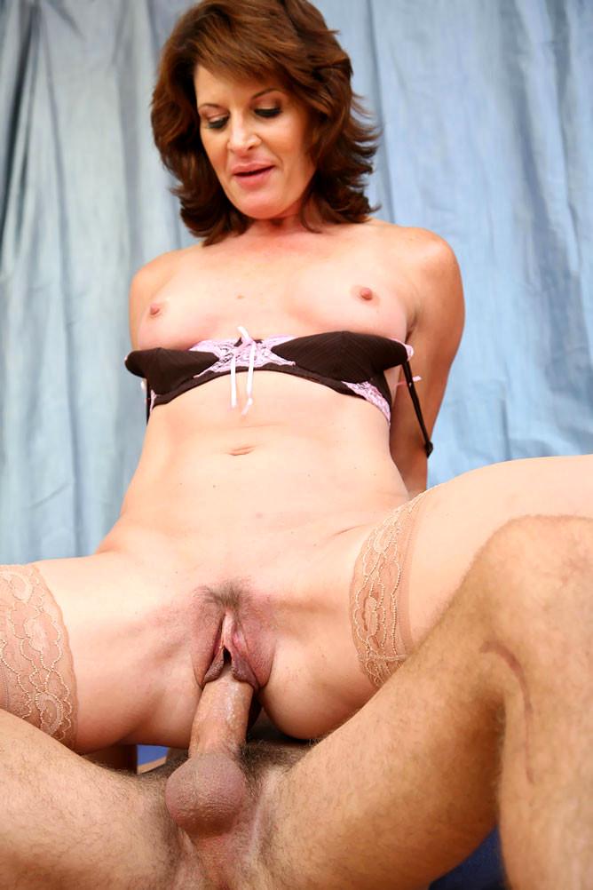 Roberts  nackt Linda Linda Roberts