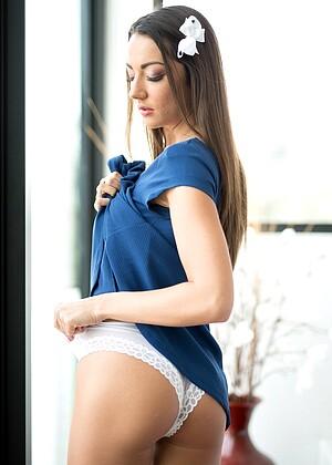 Lily Adams