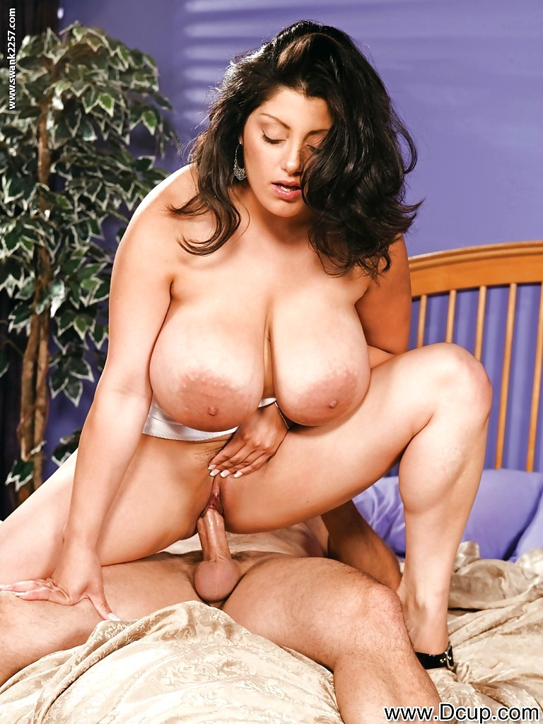Chubby milf with massive flabby boobs dolly arafat gets pounded hardcore