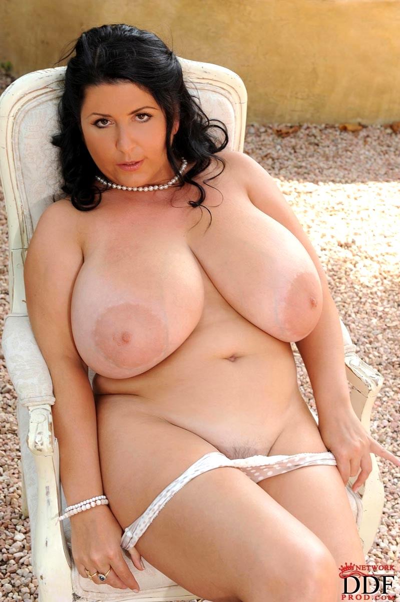 Big Titties Curvy Tied Up