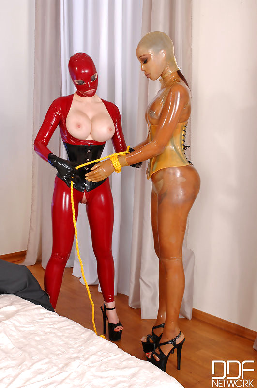 Latex Angel Anal Fisting