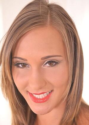 Naomi Bennet