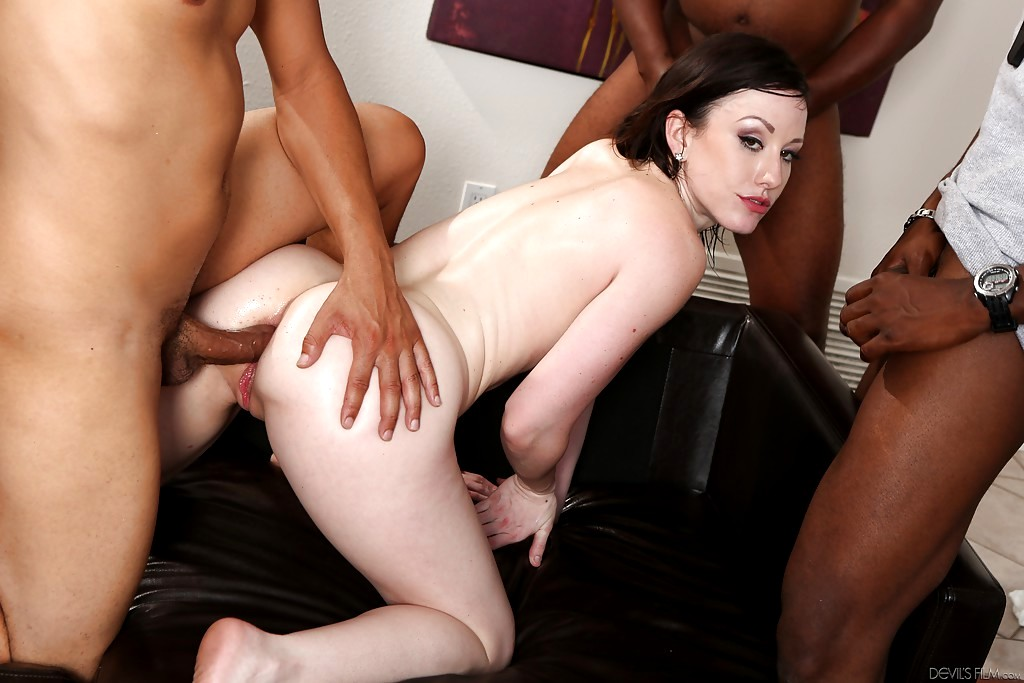 Jennifer White 6