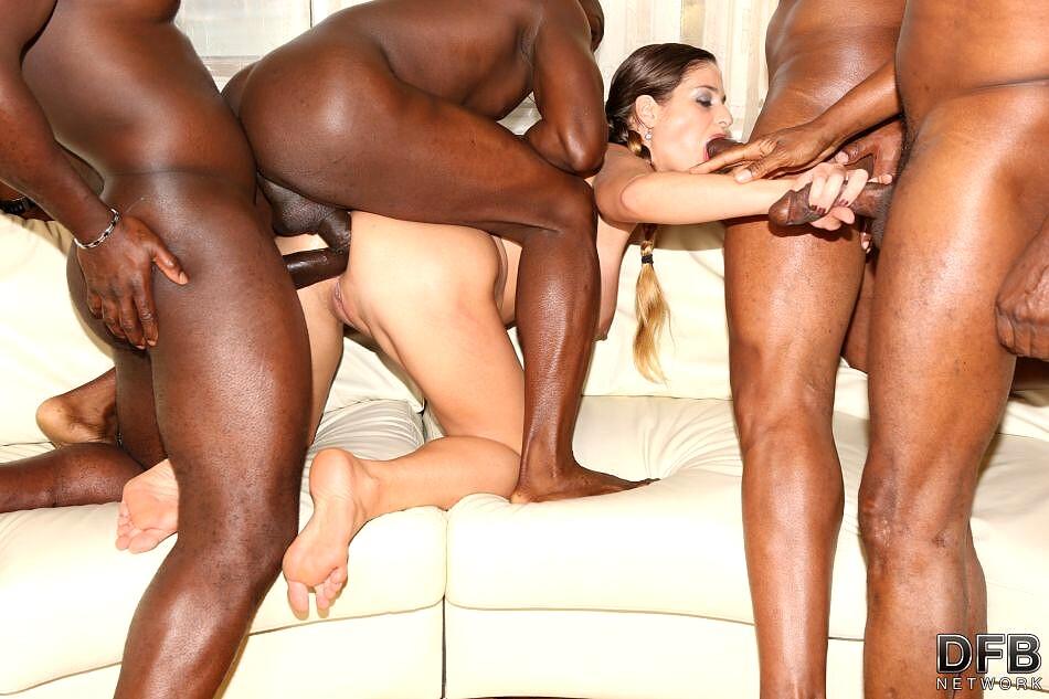Free Gorgeous Ebony Babe Enjoys Hard Ir Sex Porn Photo