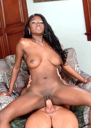 Ebonycandy Model