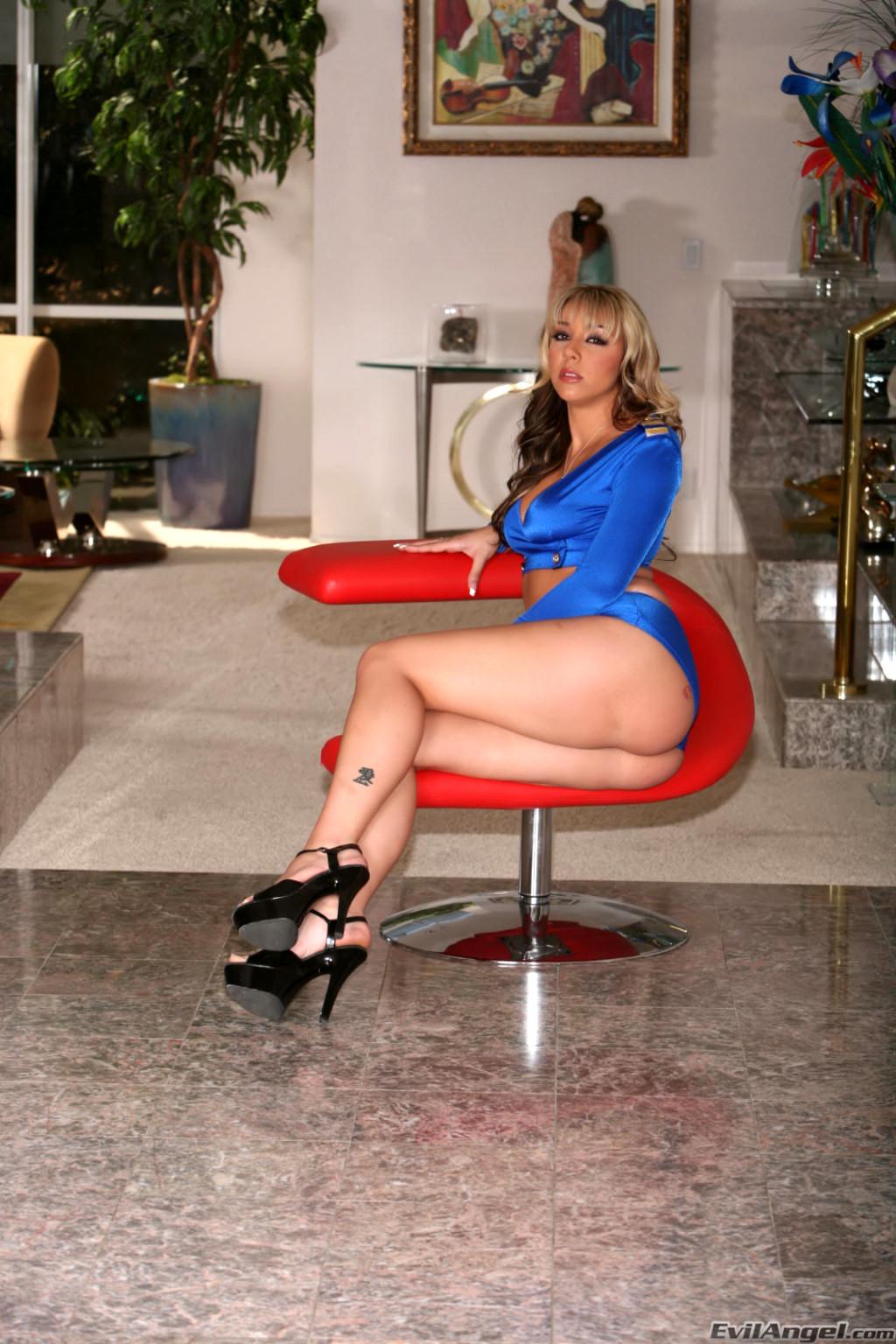 Gianna Michaels Sara Stone