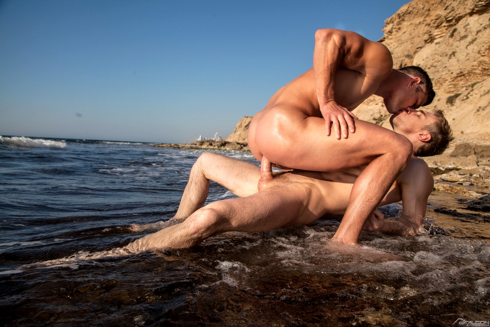 Beach hardcore gay sex with jessy ares and mitchell rock