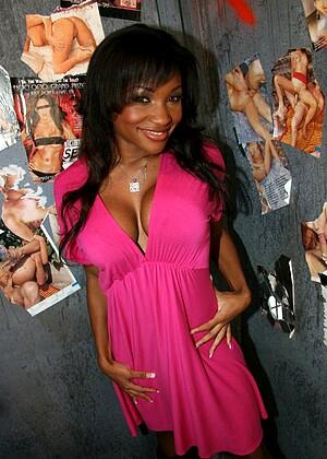 Lisa Belize