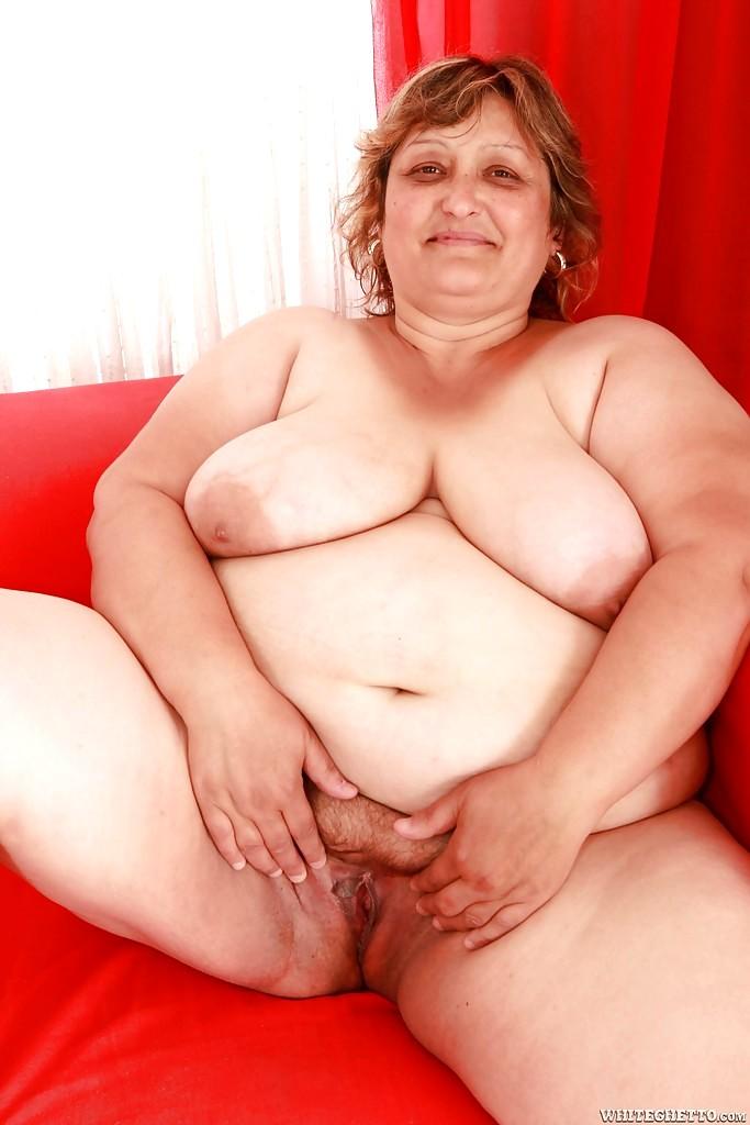 Kushboo boobs show