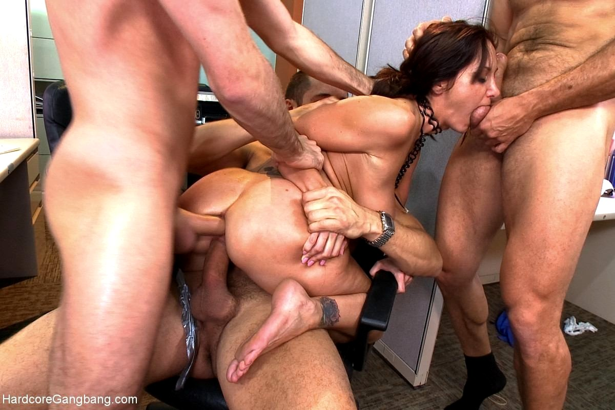 Anal Penetration Of A Pretty Euro Girl