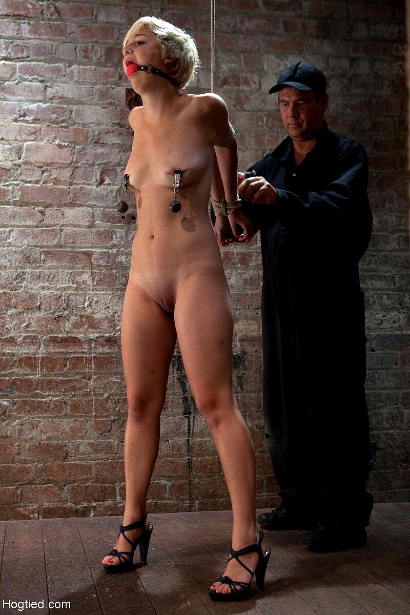 Camilla nude chloe Chloe Camilla