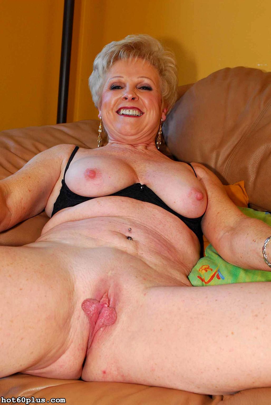 Granny porn fannies pics — photo 15