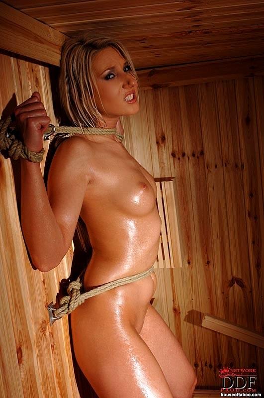 Girls Leather Pics