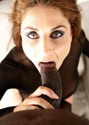 Roberta Gemma Vs Black Cock