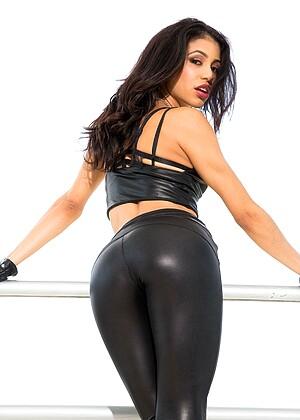 Veronica Rodriguez