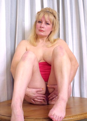 Kinkymaturesluts Model