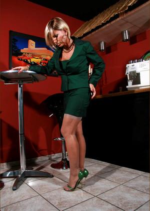 Lady B's Legs World