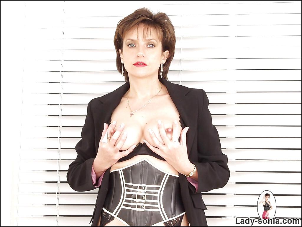 ladysonia lady sonia bbwdepot spreading meena free pornpics