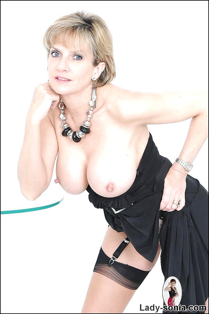 ladysonia lady sonia tgp upskirt margo free pornpics sexphotos