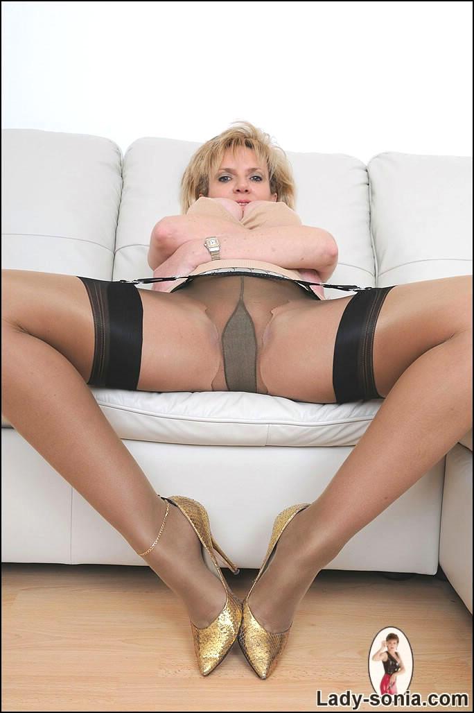 Giant tit blow job