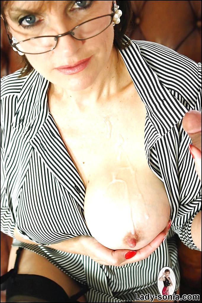 Lady sonia xnxx pics