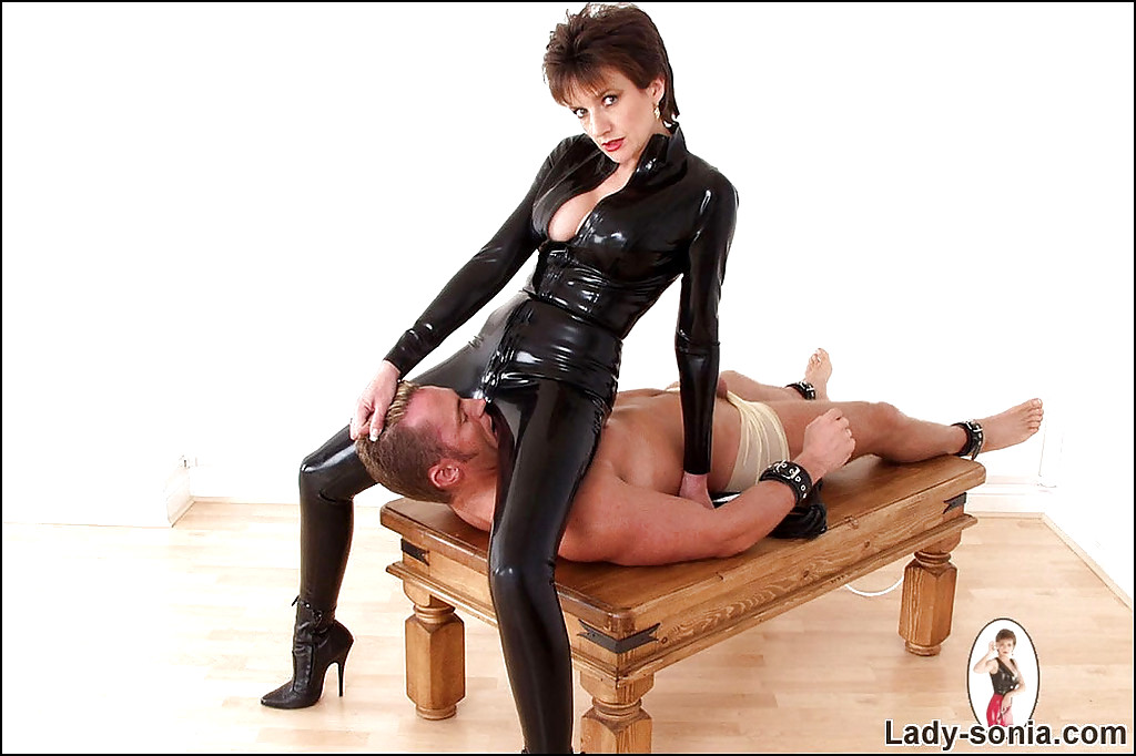 Bitchy boss lady sonia dominating male sub with pantyhosed ass