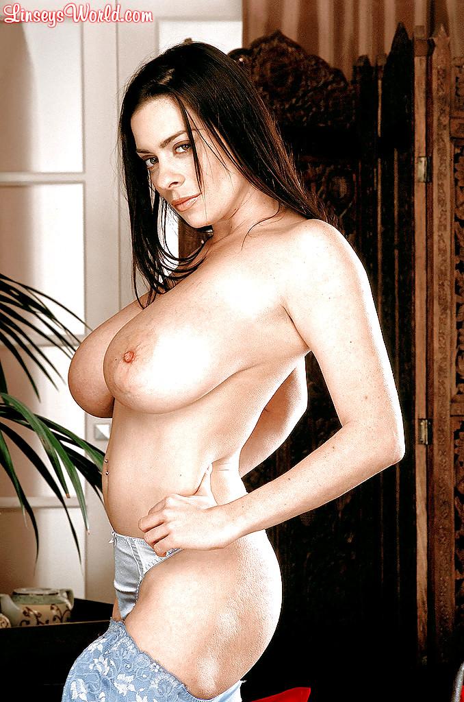 Lindsay dawn mckenzie peeing