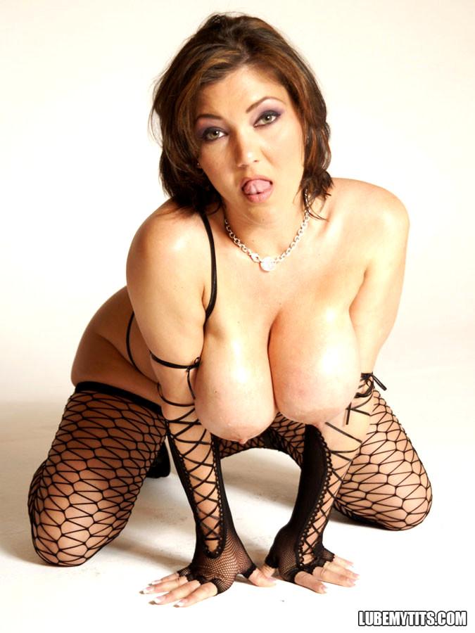 Big wet tits claire dames sex pics