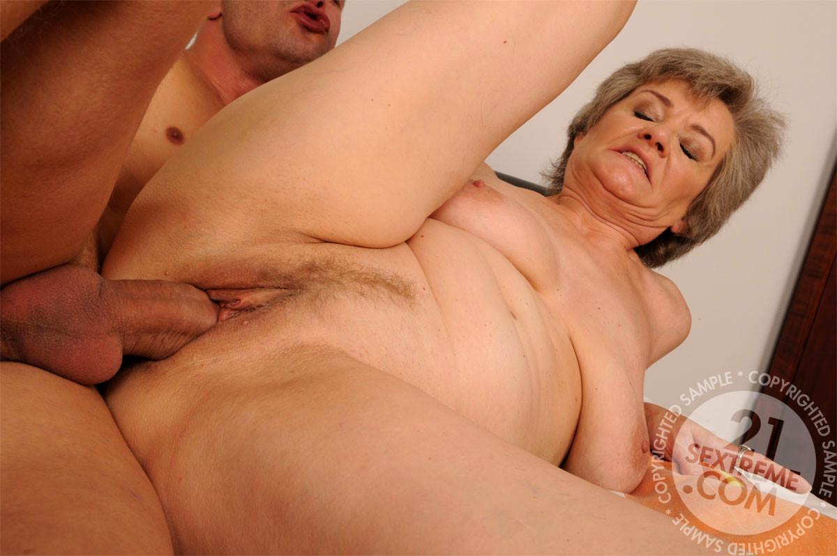 www sexy sarkas nude poran
