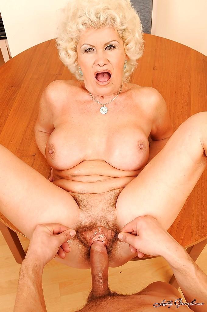 девушка пышными порно с хорошенькими старушками общем-то, таком режиме