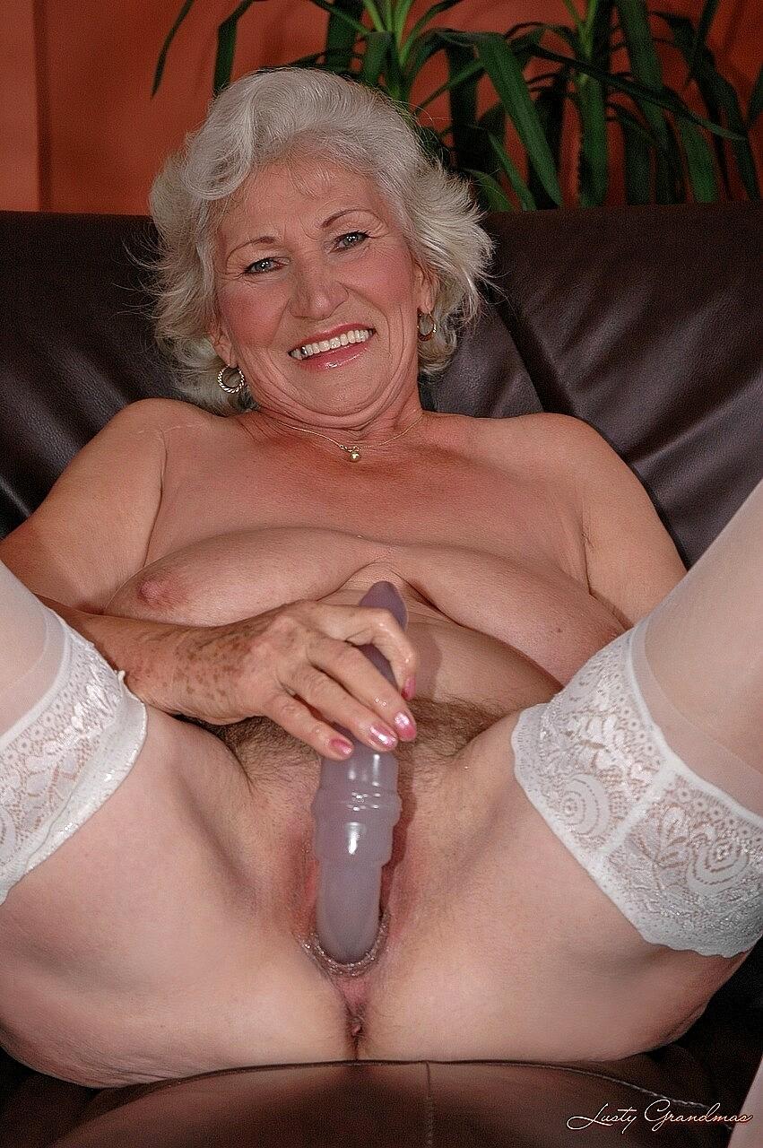Grandma dildo porn
