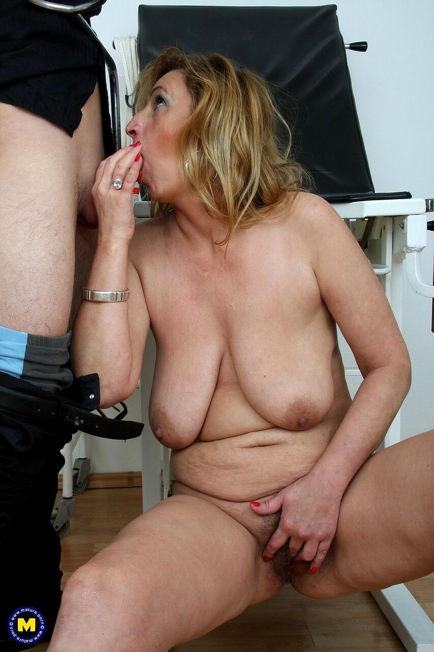 Maturenl Amber Back Mature Sample Free Pornpics Sexphotos -3869